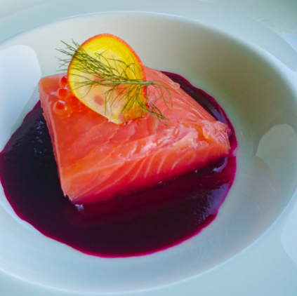 sous-vide-salmon-in-beetroot-sauce.png